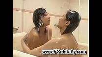 Cream Lesbian shower in Bath tub Vorschaubild