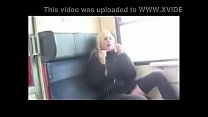 Deutsche Schlampe fickt im Zug auf toilette Vorschaubild