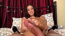 Cleo Stepmom Footjob in Pantyhose