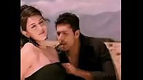 Haniska boobs touch by Jayam Ravi in Engeyum Kaadh porn image