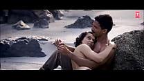 Kangana Ranaut Topless nude scene