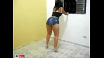 Morena Cavala de Shortinho socado no Rabo