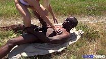 Pryscilla baisée par un Black en pleine nature [Full Video] Preview