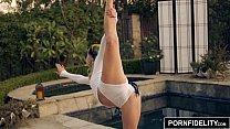 Yoga Babe Arya Faye Creampied Deep - flirt 4 thumbnail