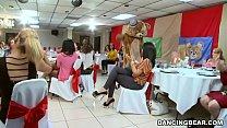 Big Dick Male Strippers and a Fluffy Dancing Bear Entertaining Women (db992 Vorschaubild