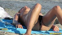 Hot Topless Amateur MILFs Voyeur Close-up Beach...