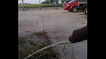 Orinando en un estacionamiento reynosa