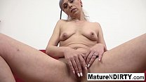 Hot mature wants her asshole filled with jizz's Thumb