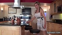 Adulterous british mature lady sonia shows off ...
