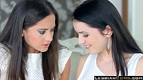 My First Lesbian Experience Kittina Cox & Shrim...