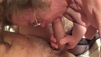 anziana signora italiana tromba con giovane