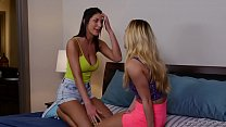Hot lesbos Carter Cruise and August Ames at Gir...