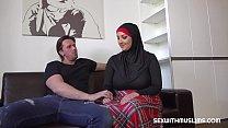 Download video bokep Hot muslim cuckold fuck 3gp terbaru