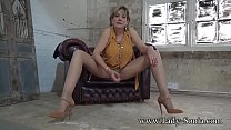 Jerk off instructions from beautiful Lady Sonia صورة
