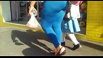 madura con leggins transparentes se le todo el ...