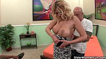 Blonde soccer mom Brooklyn Bailey makes her cuc... Thumbnail