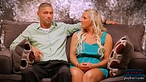 Married couple search for a threesome partner in Vegas Image