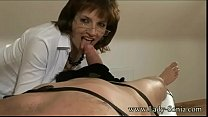 UK MILF makes visitor shoot 2 loads
