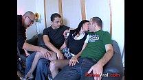 Etudiante tres chaude baise 3 mecs 1ere fois !!! French amateur