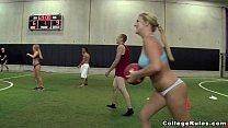 novinhas do sexo dando para o time de futebol