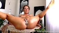 made to undress ⁃ Sheena shaw buttered buns thumbnail