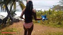 Heher deep gets caught giving deepthro thropie outdoor  beach by tourists - 9Club.Top