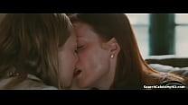 Julianne Moore Amanda Seyfried in Chloe 2010