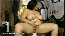 Sexy Exotic BBW Babe Sucks Dick at Gloryhole in Bathroom Vorschaubild