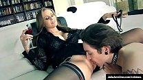 Sitting Dom Milf Julia Ann Tells Collared Boy T