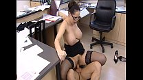 Porn Star is fucked hard in office - Vorschaubild