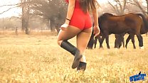 15087 The Hot Lady Horse Whisperer - Amazing Body Latina! 10  Ass! preview