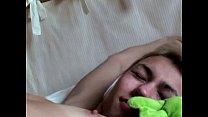 Playing with his sleeping beauty Vorschaubild