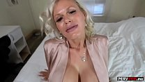 Gigantic boobs granny mom loves a fuck by her s...