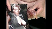 Marika bekommt den Inhalt eines Kondoms ins Gesicht by Kater xxx