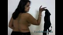 Indian in Black Saree - FreshMusic.in