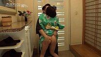 玄関で浴衣エ ッチ 巨乳が揺れる 1