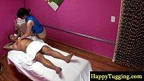 Real asian masseuse gets naughty Vorschaubild