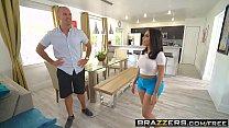 Brazzers - Brazzers Exxtra - Extra Amenities scene starring Lela Star and Sean Lawless Vorschaubild