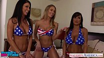Sexy girls Jessica Jaymes, Lisa Ann and Nicole Aniston sharing cock