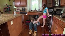 Pretty babe Bambi Brooks bangs with a hot plumber pornhub video