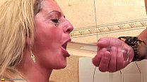 Hot pornstar blowjob instruction Vorschaubild