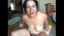Beautiful mature babe loves cock Vorschaubild