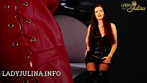 Shiny PVC Domina Lady Julina gibt Wichsanleitung thumbnail