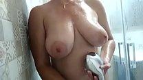Rosafuxxxia Having A Relaxing Shower