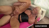Horny Big Tits GILF Mandi McGraw Has an Insatia...