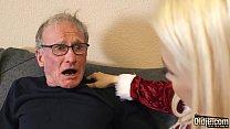 Blonda Are Chef De Sex Si Se Fute Tare Cu Bunicul Ei Pervers