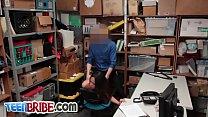 Asian chick punished with big dick Vorschaubild