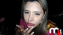 Mônica Lima chupando um desconhecido na cabine e levando gozada na cara. PART.2