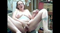 Moms Natasha Miller cums on her toy!