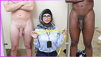 MIA KHALIFA - My Experiment Comparing Black Dic...